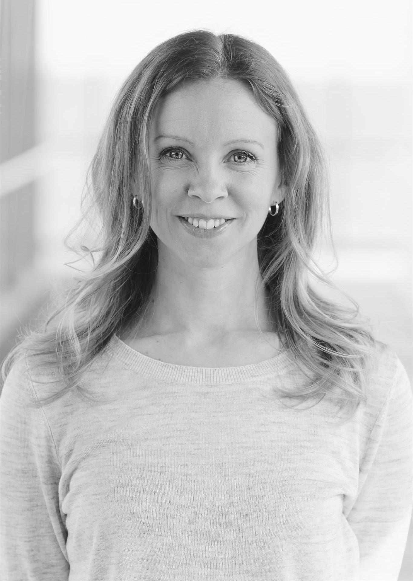 Emma Holmgren, Parus Förlag